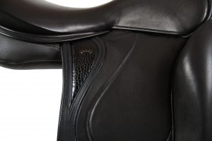 saddle 13273 (25)